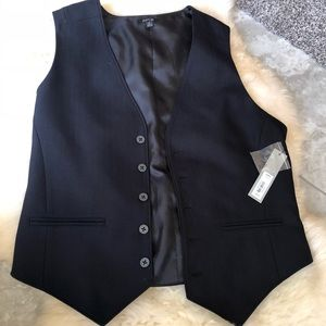 new with tags fancy black vest